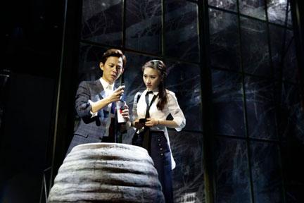 【上海站】赖声川编剧 何炅主演 话剧《水中之书》